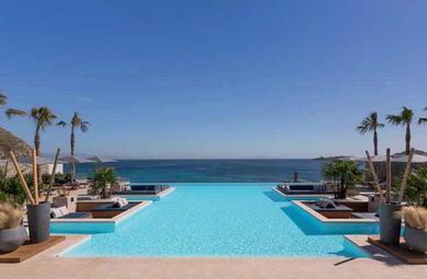 Akdenizli Bir İkonun Yeniden Doğuşu : Santa Marina