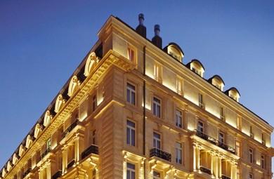 Pera Palace Hotel'de Tarihin İzini Sürmek